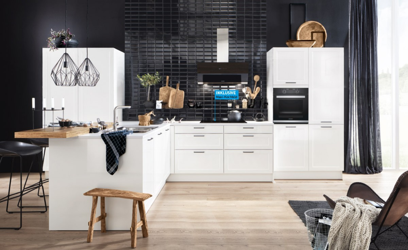 weiß, Korpus weiß glänzend,  Arbeitsplatte weiß matt,  Maße 510 x 290 cm.